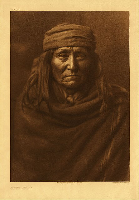portfolio 1 plate no. 16 Eskadi - Apache