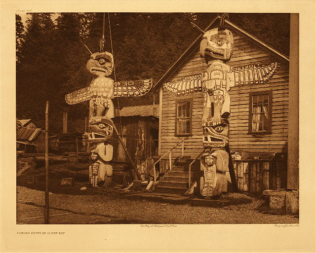 portfolio 10 plate no. 330 Carved posts at Alert Bay