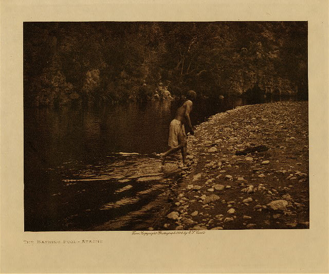 volume 1  facing: page  8 The bathing pool - Apache