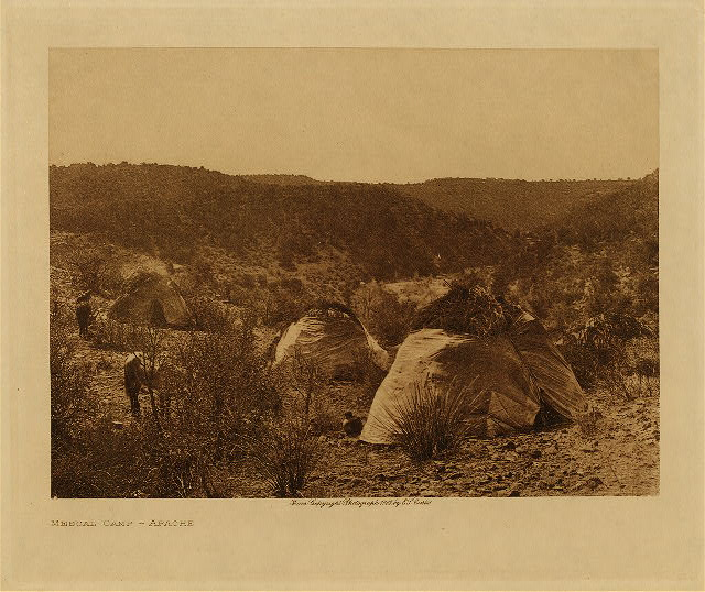 volume 1  facing: page  28 Mescal camp - Apache