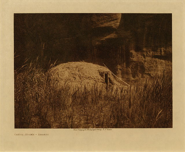 volume 1  facing: page  68 Cañon Hogan - Navaho