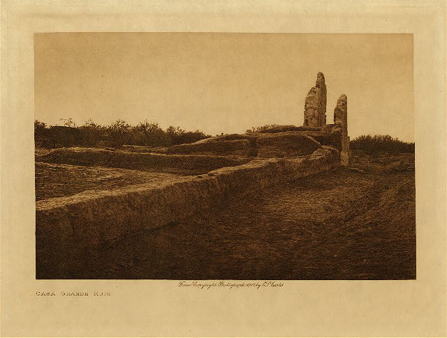 volume 2  facing: page  22 Casa Grande ruin