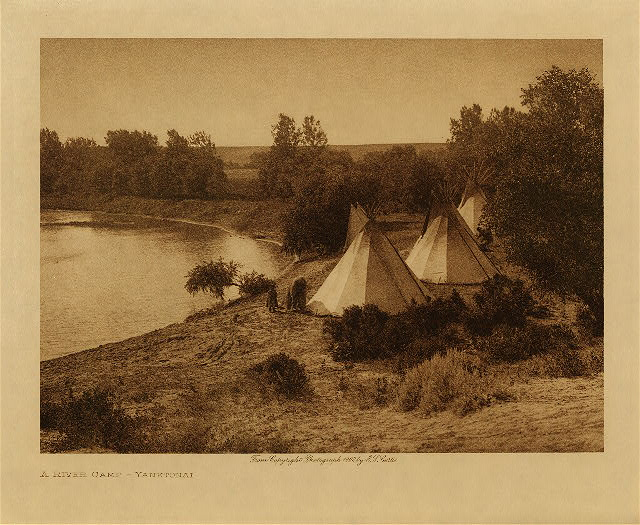 volume 3  facing: page  120 A river camp - Yanktonai
