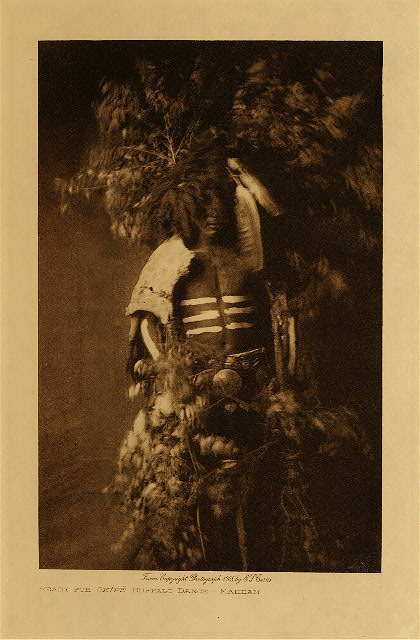 volume 5  facing: page  32 Ready for Okipe buffalo dance - Mandan