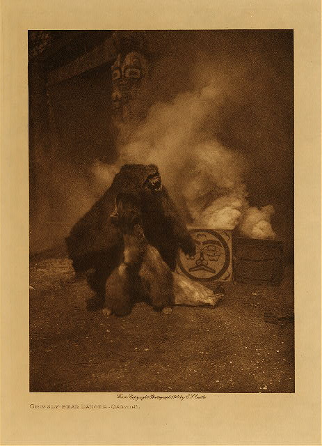 volume 10  facing: page  202 Grizzly-bear dancer - Qagyuhl