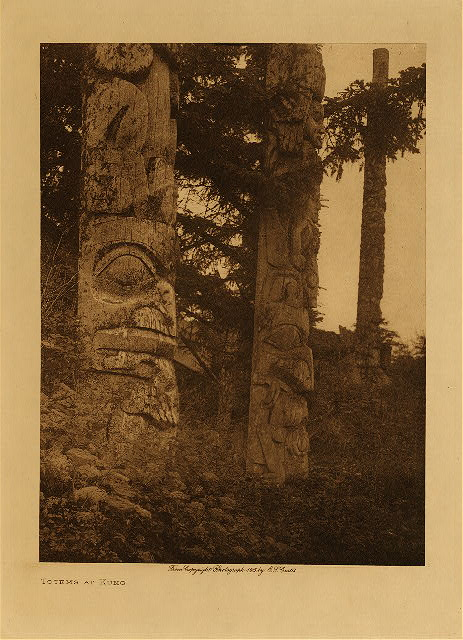 volume 11  facing: page  122 Totems at Kung