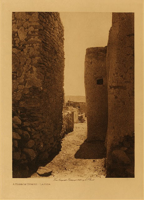 volume 16 Frontispiece A narrow street - Laguna