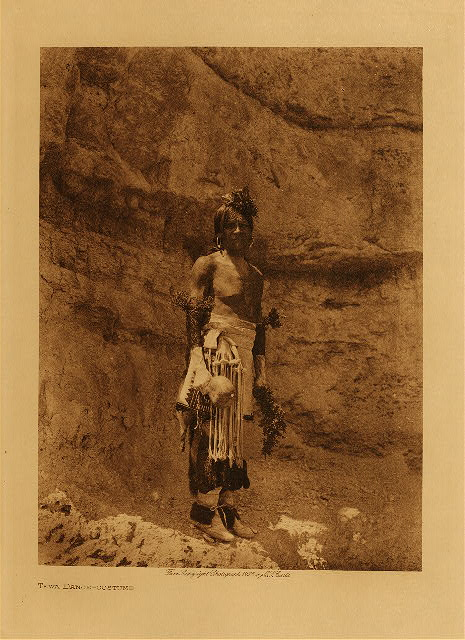 volume 17  facing: page  24 Tewa dance - costume