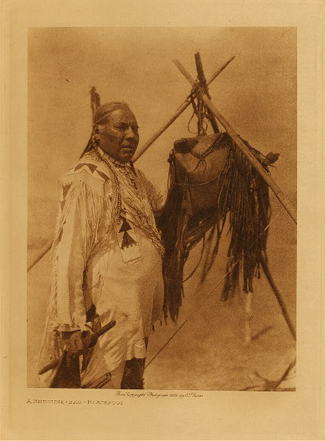 volume 18  facing: page  116 A medicine-bag - Blackfoot