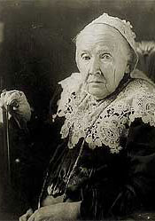 Image: Julia Ward Howe, half-length portrait, seated, facing left
