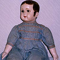 Rare Ella Smith doll, with turned head