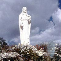 Sacred Heart statue at Cabrini Shrine
