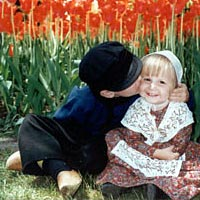 Wassenaar children in front of tulips in Pella's Central Park, May 1999