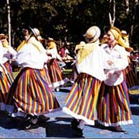 Isleno descendants do traditional folkdance of Tenerife Island