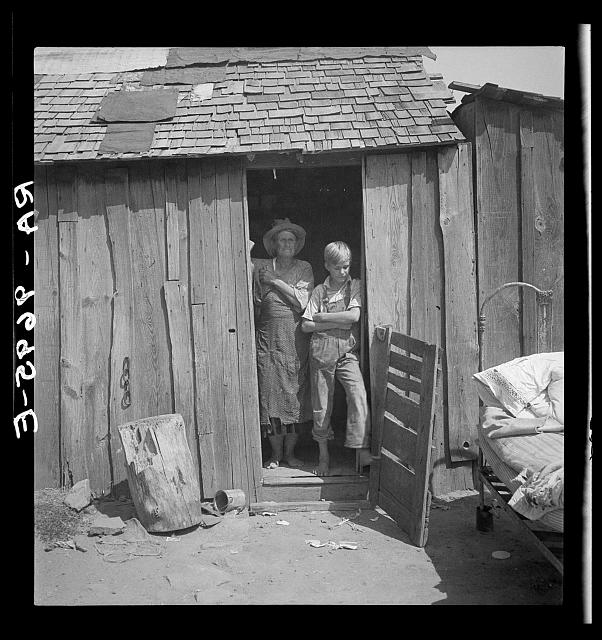 images of the great depression a photographic essay Roy stryker and the photographers of the photography, and the great depression essays this was the paradox of the great depression revealed by the fsa images.