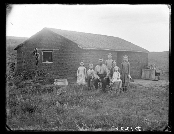 New settlers on the prairie, East Custer County, Nebraska, 1887