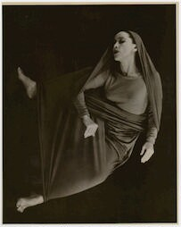 [ Martha Graham in Lamentation, No. 21]